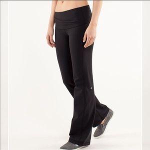 Lululemon Astro Pant Black size 8